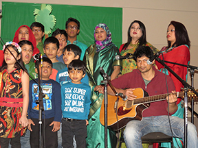 06_Children performing celebrating Bangabandhu's birth day in Regina